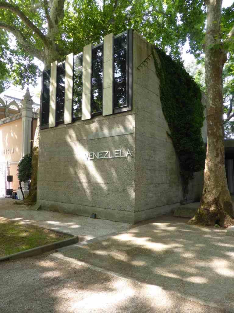 Venezuela Biennale Pavilion, Venice by Carlo Scarpa 01_Stephen Varady Photo ©